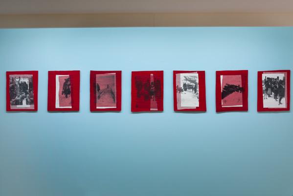 Nury González, De la serie Maletas, 2012, serigrafía sobre algodón, tul y entre tela sobre fieltro industrial, 39,5 x 51 cm. c/u aprox