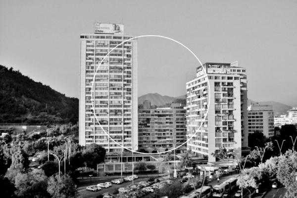 Macarena Ruiz-Tagle, Dibujo del círculo que une el espacio de la Galería y la Torres A de 84 m de altura, Torres de Tajamar