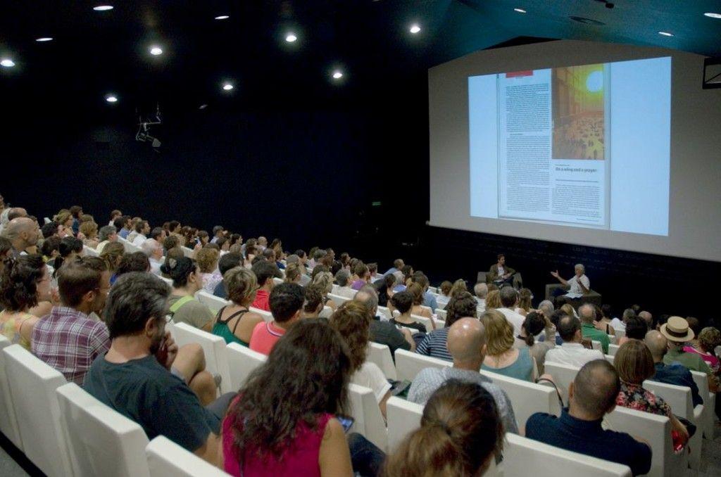 Chris-Dercon-en-conversación-con-Roc-Laseca.-Los-Encuentros-Denkbilder-05-TEA-Tenerife-Espacio-de-las-Artes1004