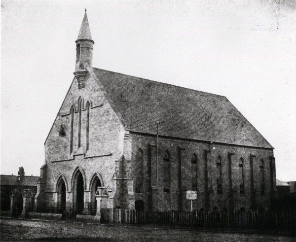 Holy_Trinity_-ChurchFox-Talbot_1840-1849-600x491
