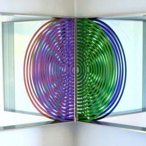 Benjamin Ossa, Vértice circular II (díptico), 2012, Vinilo mate sobre vidrio, 121 x 60,7 cm, Cortesía: Artespacio, Santiago