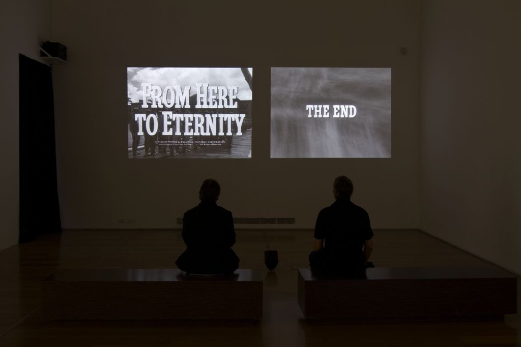 Jorge Macchi y Edgardo Rudnitzky, From here to eternity, 2013, video-instalación en dos canales, con tres canales de sonido, en loop. Cortesía: Alexander and Bonin, Nueva York. Foto: Nicolás Beraza / MALBA
