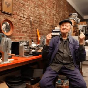 VIDEO | LA HISTORIA DE JONAS MEKAS (Y SUS CONSEJOS PARA LOS JÓVENES)