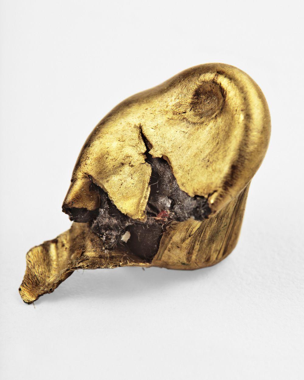 Juan Toro, Plomos, 2011-2012, impresiones digitales, 90 x 74 cm. Cortesía del artista