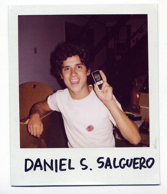 DANIEL SANTIAGO SALGUERO: DOS ARTISTAS PARTICULARES