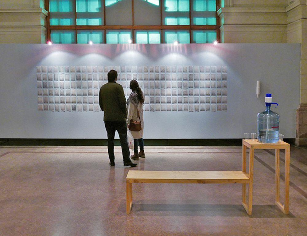 """Paz Ortúzar, Exposición """"Grisura"""", parte de la obra """"That Moment in Time"""". Cortesía de la artista"""