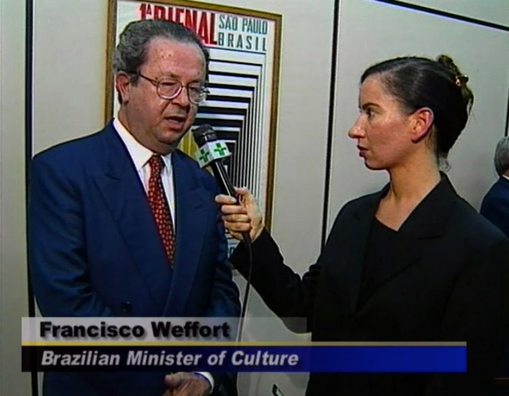 Andrea Fraser, Reporting from Sao Paulo, I'm from the United States, 1998. Cortesía de la artista y Galerie Nagel Draxler, Berlín/Colonia