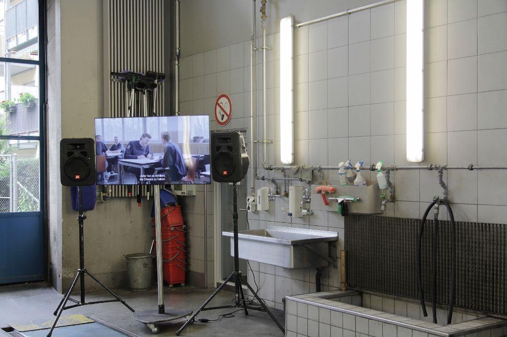 Carles Congost, Simply the Best, vista de la intervención en estación de bomberos de Löwenbrau. Foto: (c) Manifesta11