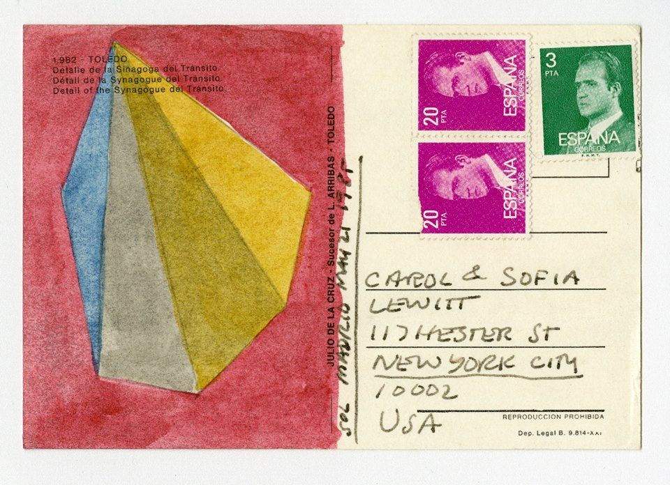 Sol LeWitt, Postal enviada por Sol a Carol y Sofia LeWitt, 1985, gouache y tinta sobre postal. Colección LeWitt, Chester, CT. © 2016 The LeWitt Estate / Artists Rights Society (ARS), New York.