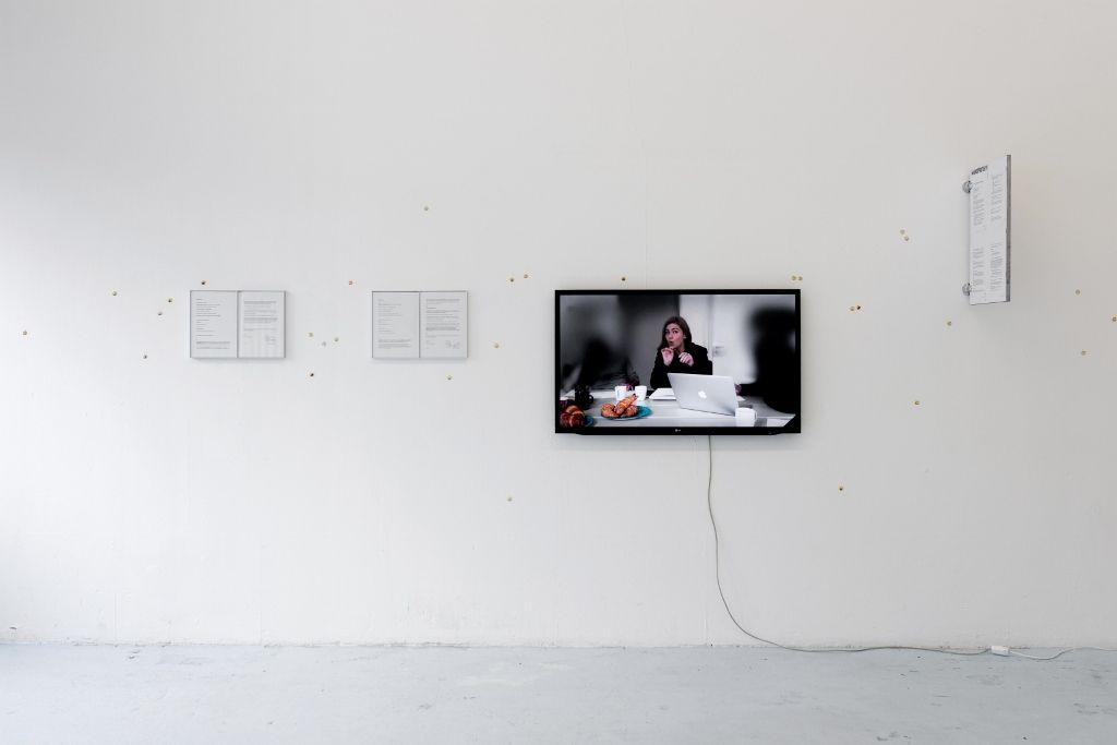 Georgia Sagri. Documentary of Behavioural Currencies. Vista de la instalación. Manifesta 11, Zúrich, Suiza, Upstate. Foto: Flavio Karrer, 2016