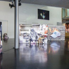 LIT. Vista de la instalación. Foto: Timo Ohler. IX Bienal de Berlín, Alemania, 2016.