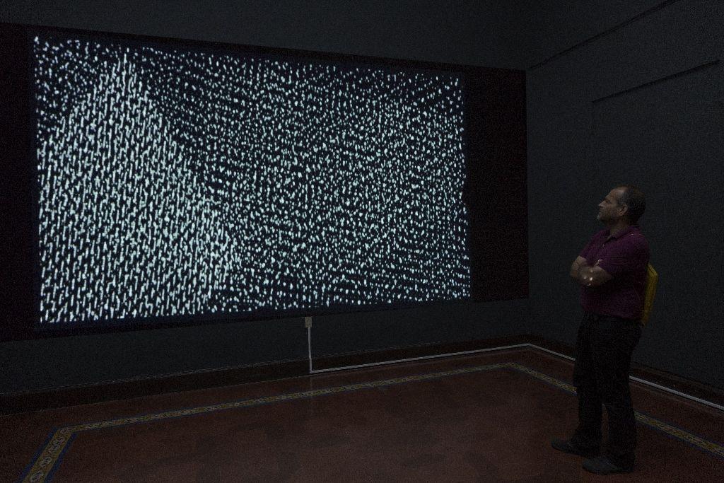 Magdalena Fernández, 1pm S011, de la serie pinturas móviles. Vista de la instalación en la Bienal de Arte Paiz, 2016, Ciudad de Guatemala. Cortesía de la bienal