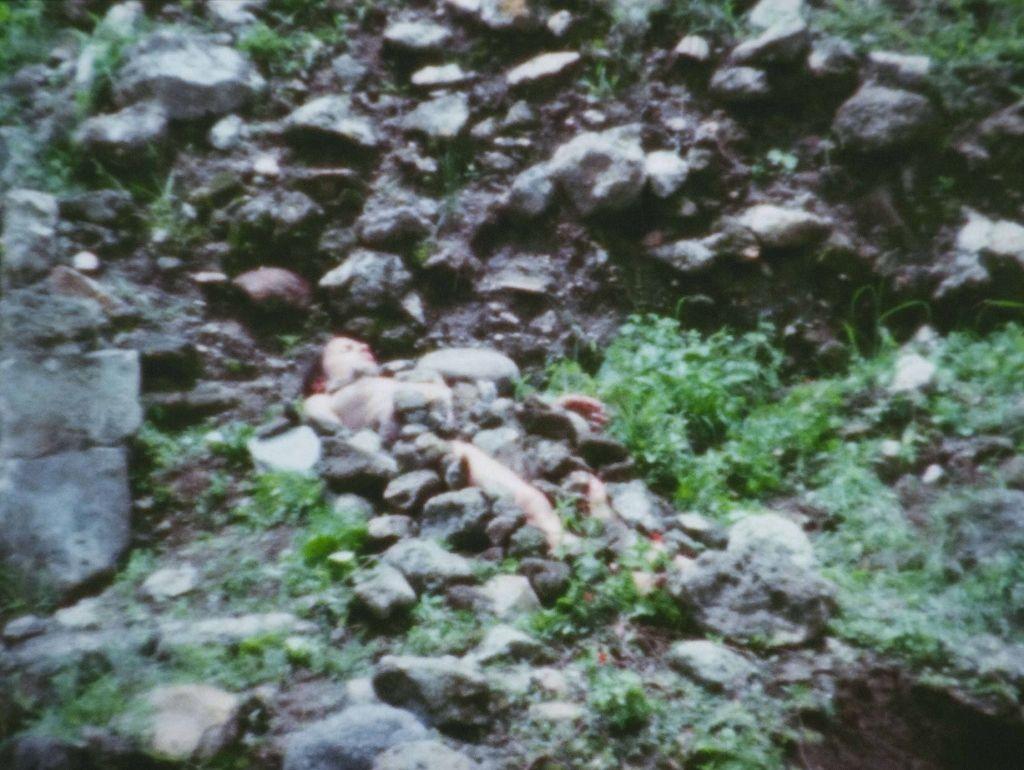 Ana Mendieta, Burial Pyramid, 1974, video. Cortesía: CAB