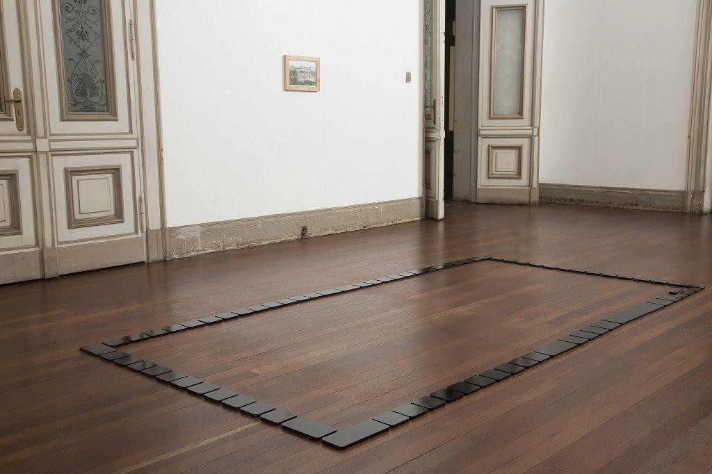 Nicolás Consuegra, Spielraum, 2015. Vista de la instalación en la Bienal de Arte Paiz, 2016, Ciudad de Guatemala. Cortesía de la bienal