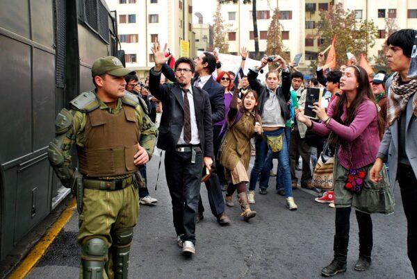 predicadores-de-la-revolución-2-acción-colectivo-AEEA-2011
