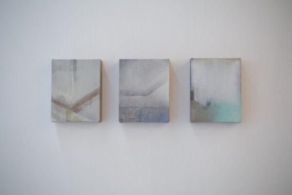 Paisajes-guardapolvo-I-II-y-III.-20-x16-cm-c_u.-Oleo-y-esmalte-sobre-lino.2014.
