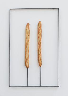 Martin Soto Climent. Le pain quotidien, 2016. Galería Untilthen, París, Francia. Foto cortesía del artista.