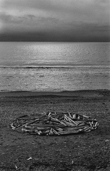 CIRCLE_IN_ALASKA_1977-2-2-385x600