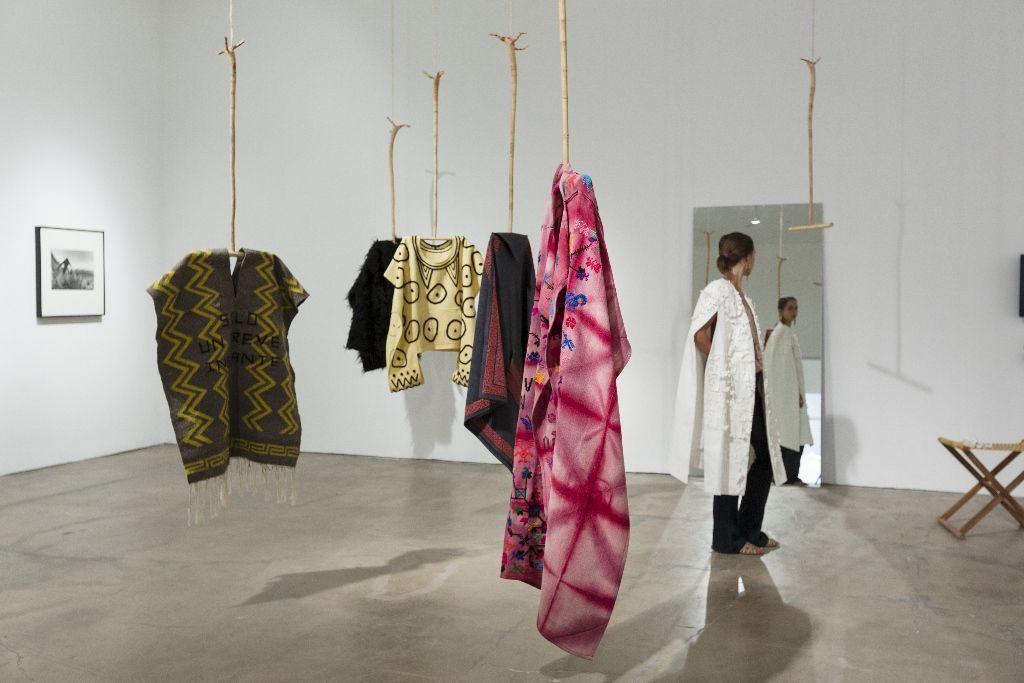 Carla Fernández en Much wider than a line, SITElines: New Perspectives on Art of the Americas, Santa Fe, Nuevo México, 2016. Cortesía de la bienal