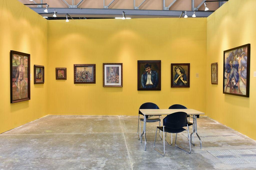 Stand de Galería El Museo, con obra de Débora Arango, sección Proyectos, curada por Jens Hoffmann, en ARTBO 2016. Foto: © Cámara de Comercio de Bogotá / 48 por segundo -Todos los Derechos reservados