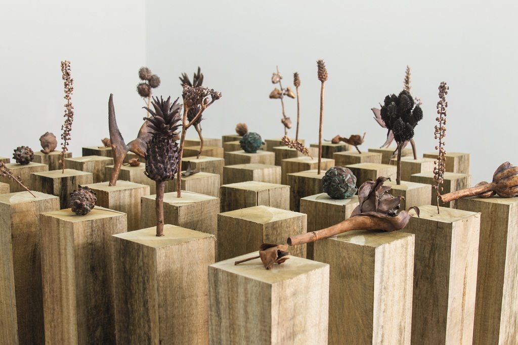 Silvana Pestana. Restos de lo sagrado. Vista de la muestra. Ginsberg Galería, Perú. 2016. Foto: Alexandra Bornhorst