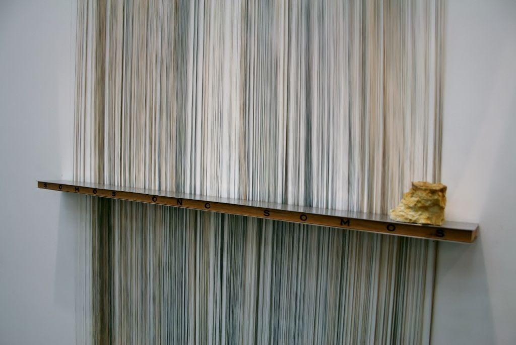 Leyla Cárdenas, Somos o no somos, 2016, en la Galería Casas Riegner (Bogotá). Foto: Alejandra Villasmil