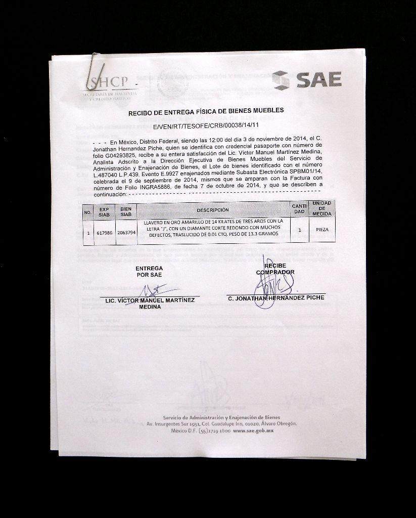 Documento de subastas públicas organizadas por el Servicio de Administración y Enajenación de Bienes (SAE). Cortesía: kurimanzutto