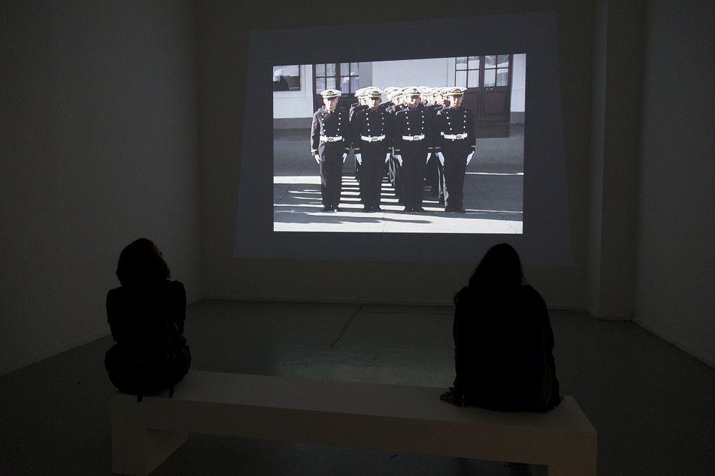 Narda Alvarado. Del Atlántico con amor. Parte de la muestra: Pero la desobediencia dormía. MAC, Santiago de Chile, 2016. Foto: María José Canales
