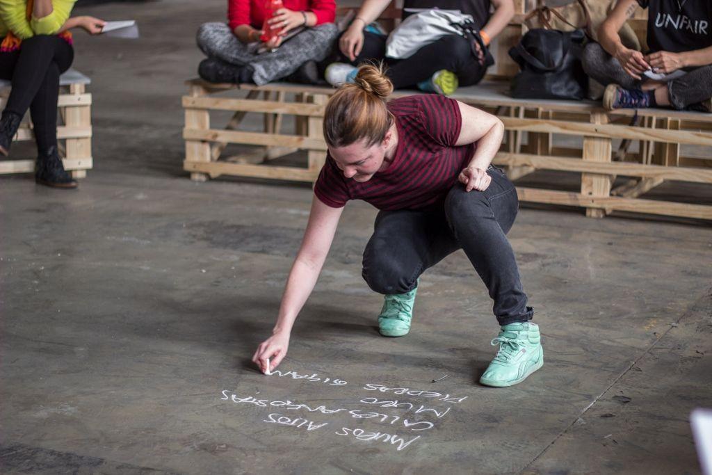 Verónica Lehner durante su taller en NC-LAB 2016, Bogotá. Foto: Gina Navarro. Cortesía de NC-LAB