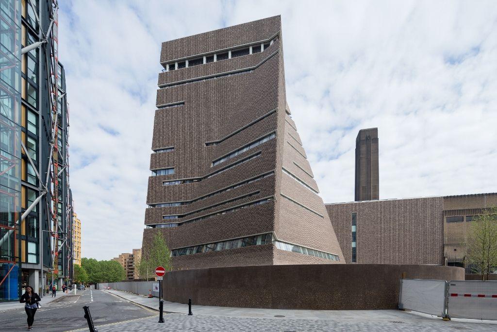 La nueva Switch House de Tate Modern, 2016. Foto: Iwan Baan. Cortesía: Tate Modern, Londres