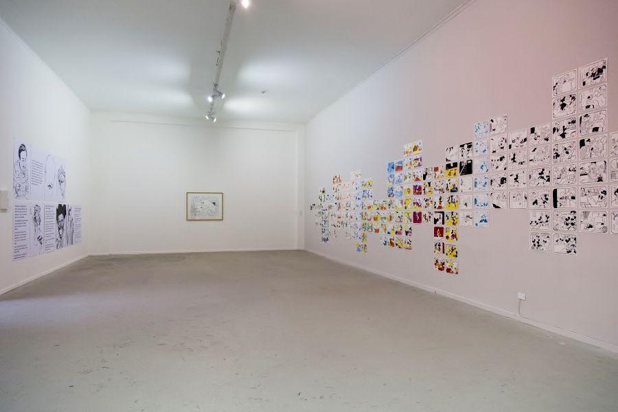 César Gabler y Felipe Muhr. Vista de la exposición Historia Mutante, en el Museo de Arte Contemporáneo (MAC), Quinta Normal, Santiago de Chile, 2016. Foto: María José Canales/MAC