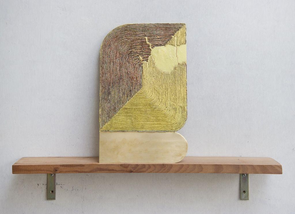Colomba Fontaine, Serie 1, 2016, esmalte sintético y cera sobre bronce. Cortesía de la artista