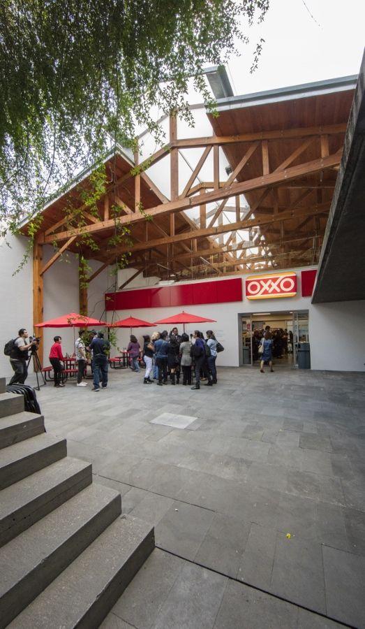 Gabriel Orozco, OROXXO, 2017. Cortesía del artista y kurimanzutto, Ciudad de México 2017. Foto: Estudio Michel Zabé