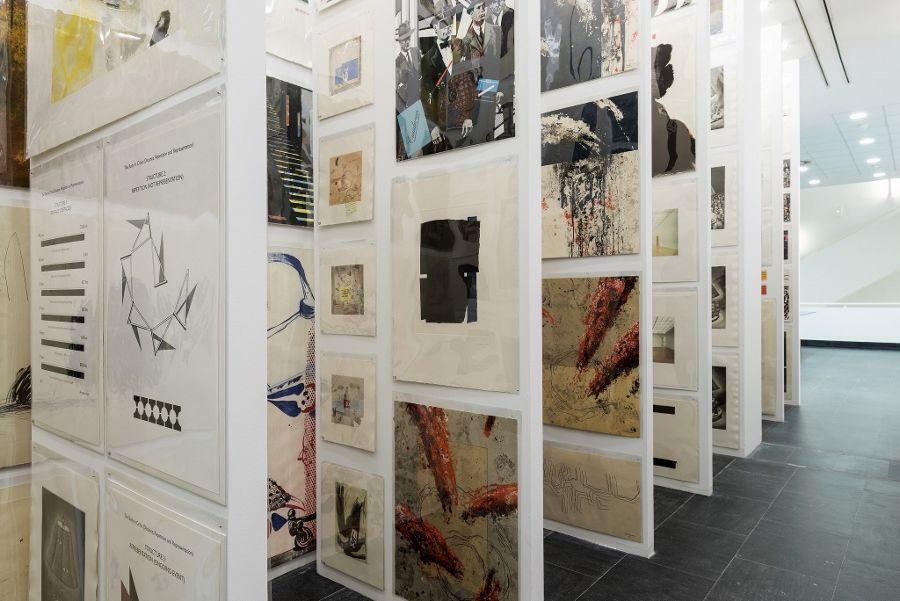 Oriol Vilanova, Colección XV, 2017. Vista de la intervención en el CA2M, 2017. Comisariada por Víctor de las Heras. Foto: Andrés Arranz