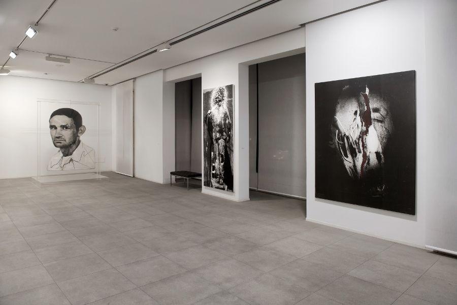 """Darío Villalba, vista de la exposición """"Resplandor Seco"""", 2017, en Fundació Suñol, Barcelona. Foto: Santi Periel"""