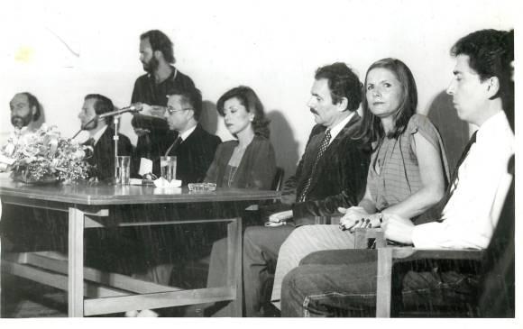 Fotografía en el acto de inauguración del MAMM, el 22 de abril de 1980. Fotografía de archivo periódico El Colombiano