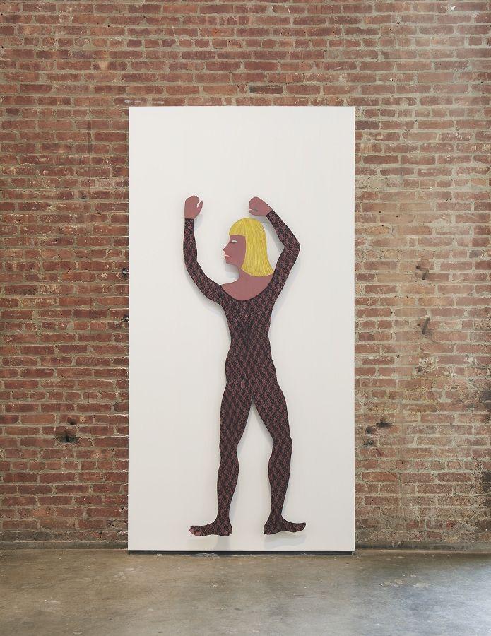 Teresa Burga, Mano mal dibujada. Vista de la exposición en el SculptureCenter, Nueva York, 2017. Acero, barniz, 42 x 36 x 8.5 cm c/u. Cortesía de la artista y Galerie Barbara Thumm, Berlín. Foto: Kyle Knodell