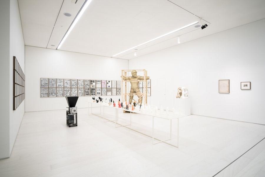 Daniel García Andújar, Los desastres de la Guerra, 2017. Vista de la instalación en el Museo Nacional de Arte Contemporáneo (EMST), Atenas, Documenta 14. Foto: Mathias Völzke