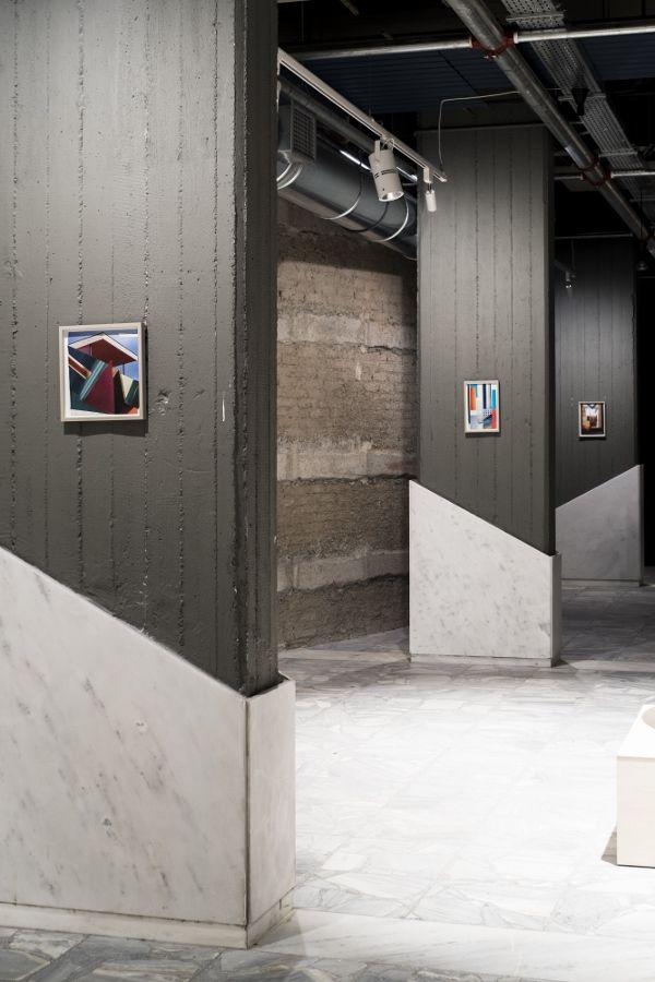 Elisabeth Wild, Fantasías, 2016–2017, collages. Vista de la instalación en el Conservatorio de Atenas, Documenta 14. Foto: Mathias Völzke