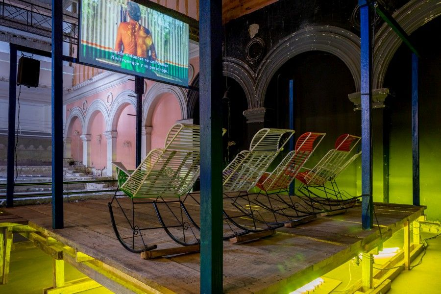 Obra Bar Huerequeque del artista colombiano Felipe Arturo en el primer ciclo de exposiciones de Espacio Odeón en 2017.