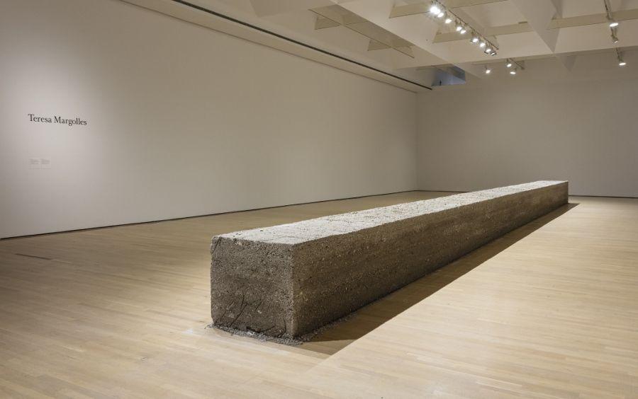 Vista de la exposición Teresa Margolles. Mundos Musée d'art contemporain de Montréal, 2017. Foto: Richard-Max Tremblay