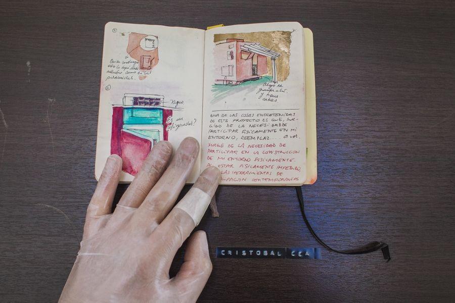 Cristóbal Cea. Parte de la exposición Haciendo días, en el Centex, Valparaíso. Cortesía del artista