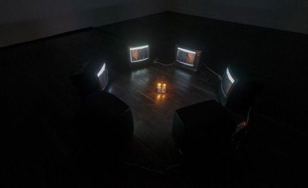 Icaro Zorbar, El títere y el tiempo, 2013. Cortesía: galería Casas Riegner