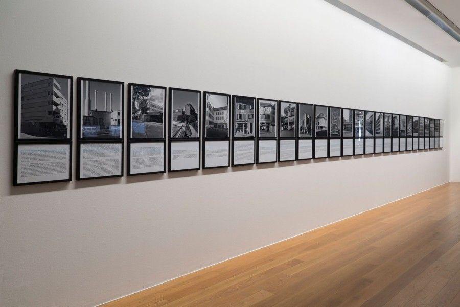 """Ingrid Wildi Merino, """"Otra mirada a lo significante"""" (instalación fotográfica 1982-2014) en la exposición colectiva """"La voz del traductor"""", en el SFKM - Sogn og Fjordane Kunstmuseum, Førde, Noruega, 2014."""
