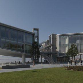 El nuevo Centro Botín en Santander, España, 2017. Una obra arquitectónica de Renzo Piano. Foto: Enrico Cano