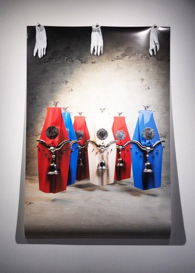 """Cristóbal Cea, vista de la exposición """"Glorias"""", en galería NAC, Santiago de Chile, 2017. Cortesía del artista y de la galería"""