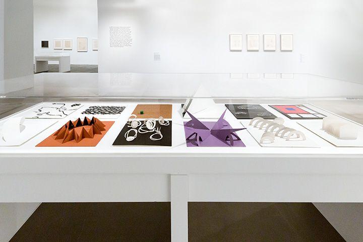 """Vista de la exposición """"Lygia Pape: A Multitude of Forms"""", en el Met Breuer, Nueva York. Foto: Corrado Serra"""