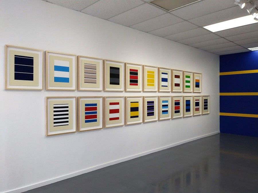 "Vista de la exposición ""Surreptitious Stripes"", de Francisco Masó, en Connect Now Room, Arts Connection Foundation, Miami, 2017"