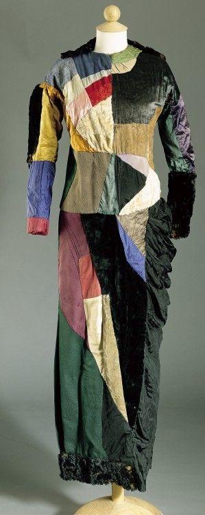 Sonia Delaunay, Vestido simultáneo, 1913. Patchwork. Colección privada
