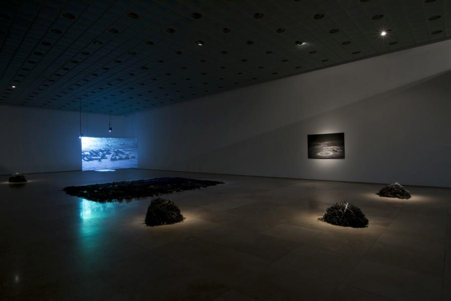 """Vista de la exposición """"Continuum"""", de Cata González, Galería Patricia Ready, Santiago de Chile, 2017. Cortesía de la artista"""
